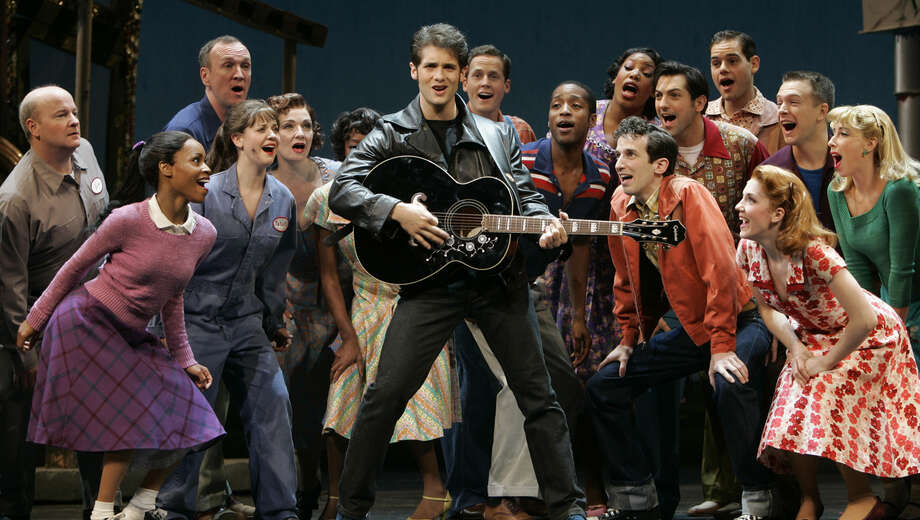 22214331all shook up