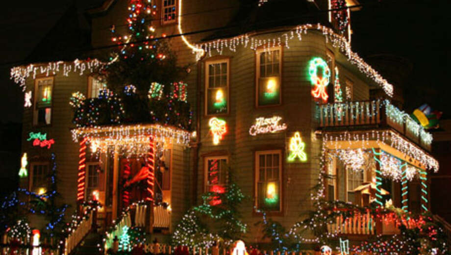 a slice of brooklyn christmas lights tour - Christmas Lights In Brooklyn
