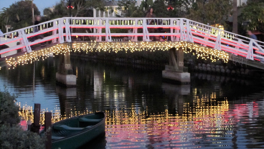 Venice Canals Holiday Walking Tour: Historic Film Clips & Light Displays $20.00 ($40 value)