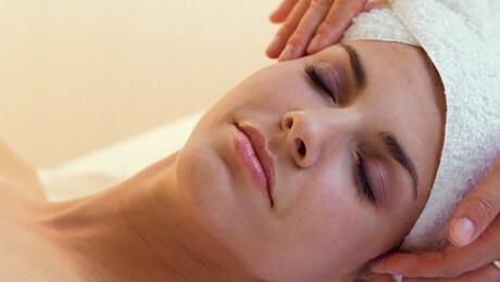 EsScentials for Body & Soul: 60-Minute Rejuvenating Custom Skin Care Treatment $50.00 ($120 value)