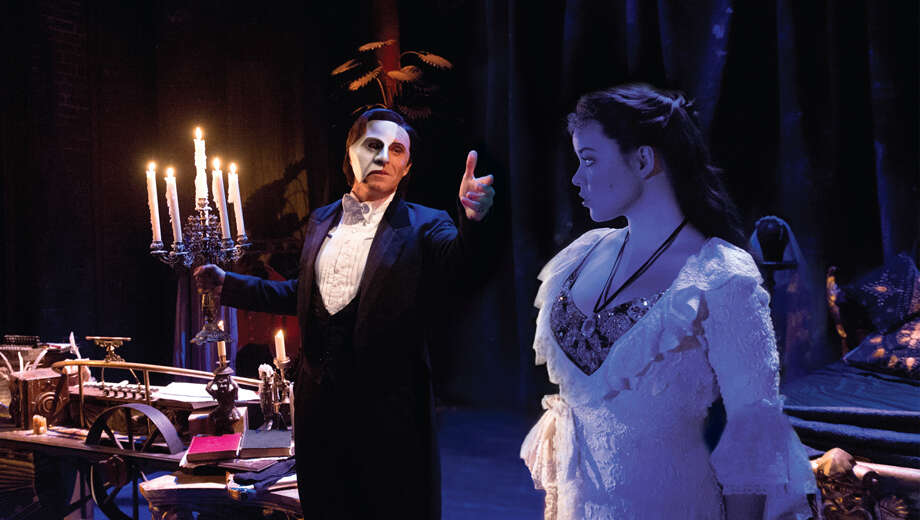 I earl carpenter and katie hall in the phantom of the opera 1111131