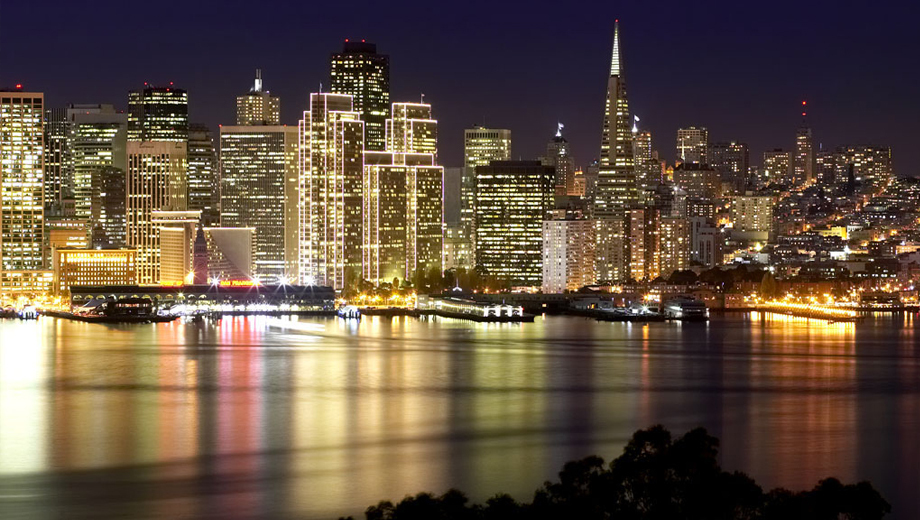 See San Francisco All Decked Out for the Holidays on a Bus Tour $22.00 ($45 value)