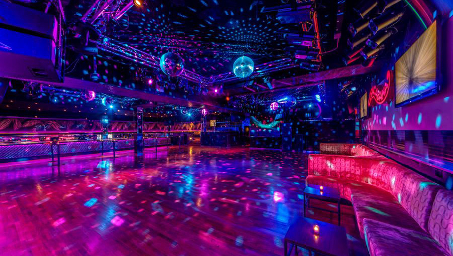 New Year's Eve at Times Square's Biggest Nightclub