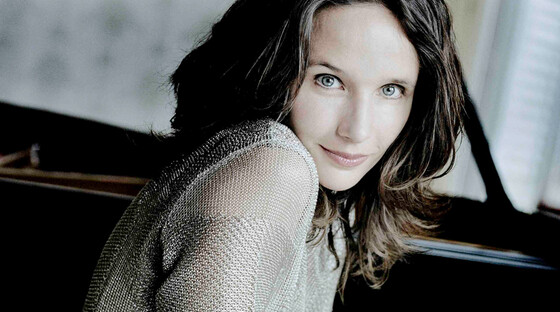 Grimaud plays brahms 920