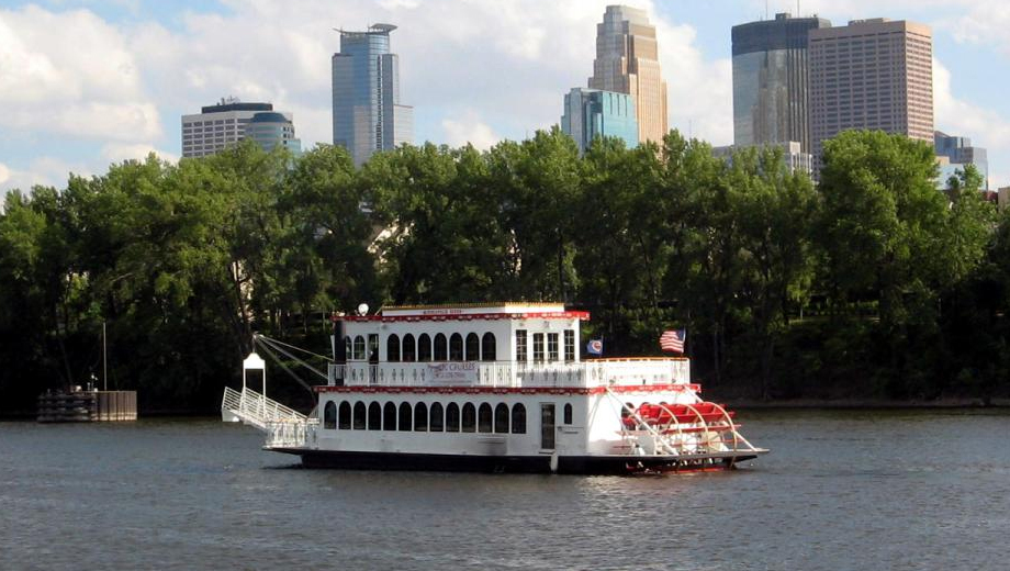Cruise the Mississippi River Aboard the Majestic Minneapolis Queen Riverboat $9.00 ($18 value)
