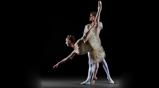 Ballet-bits-and-contemporary-pieces-090413
