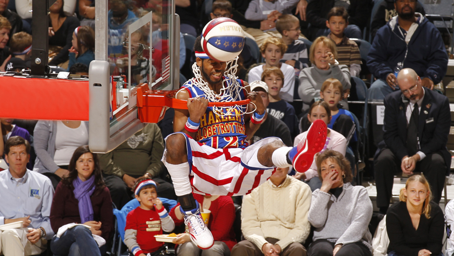 Harlem Globetrotters: Fans Make the Rules on Their 2014 World Tour $30.00 - $34.00 ($55 value)