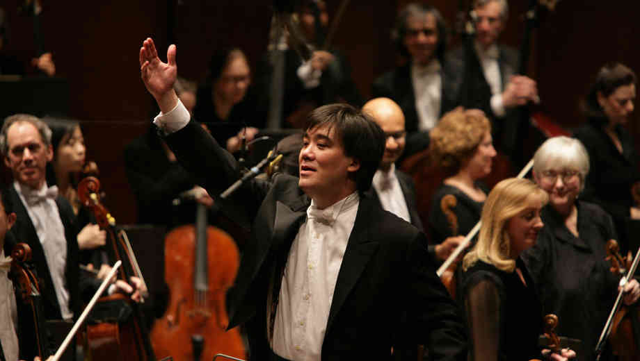 New York Philharmonic: Gilbert Conducts Nielsen $17.50 ($41.5 value)