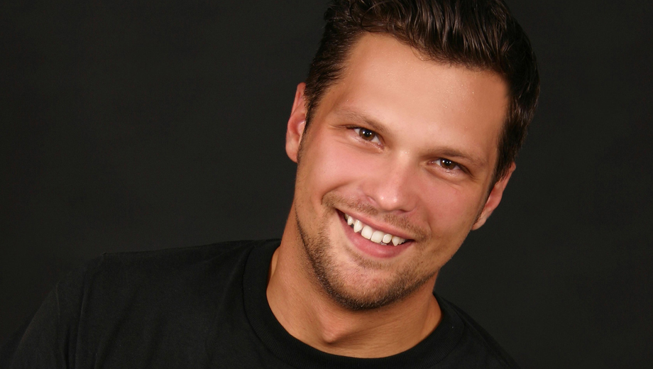 Julian McCullough (Comedy Central,