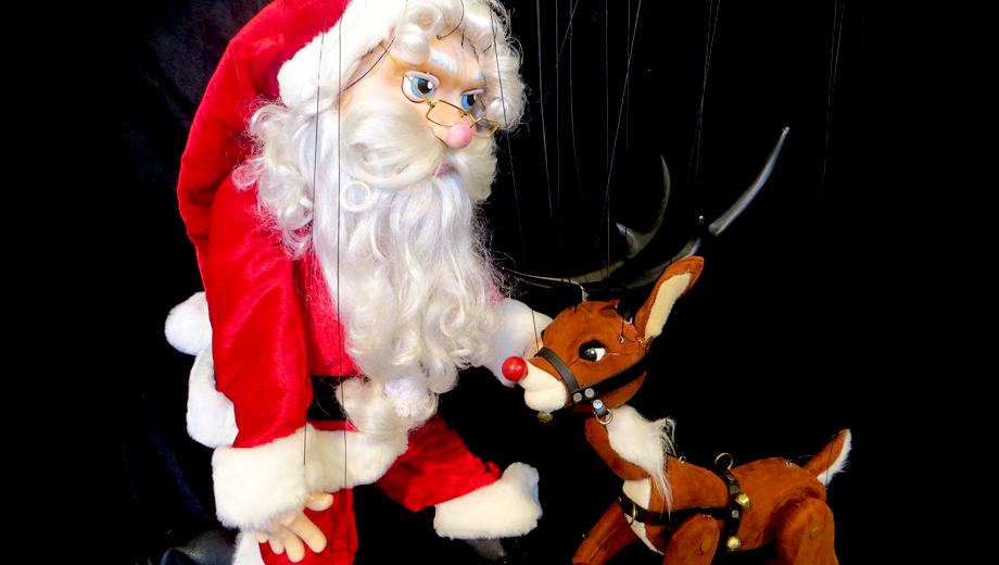More Than 60 Marionettes Make for Holiday Magic in