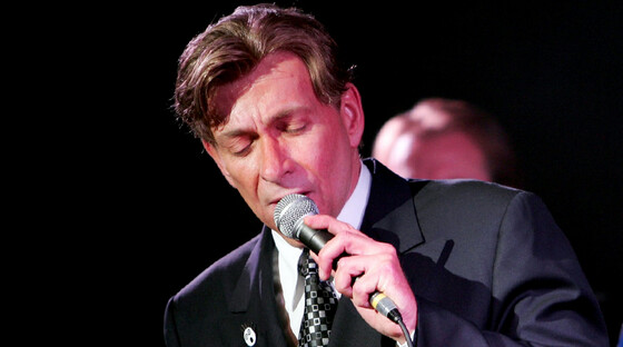 1418861770 bobby caldwell tickets