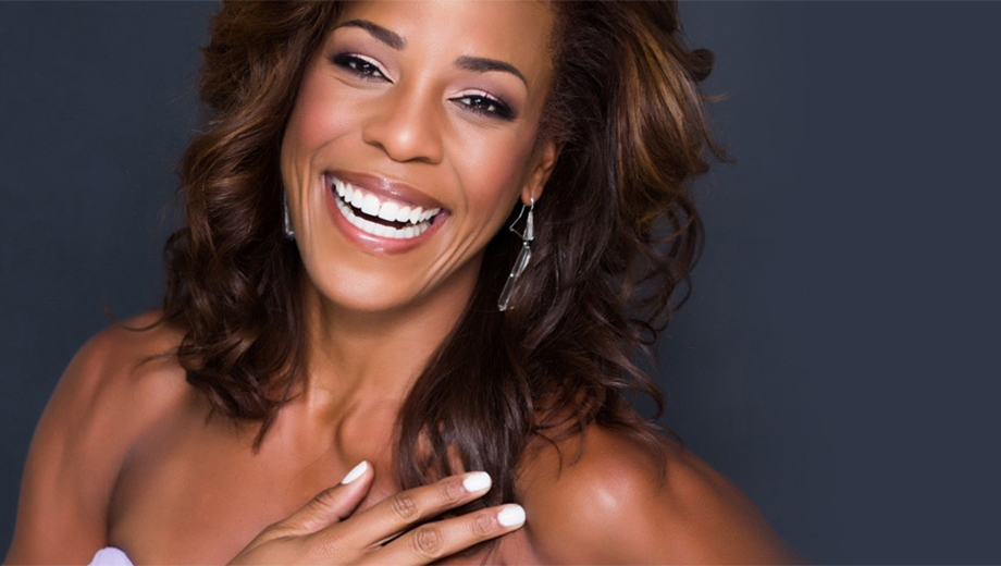 Jazz Vocalist Nicole Henry: Internationally Renowned Singer Returns to Miami $15.00 - $30.00 ($30 value)