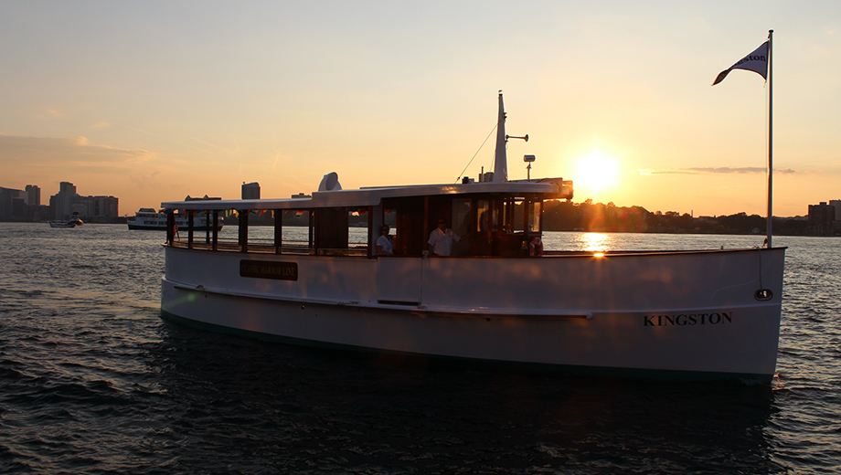 Statue and Skyline Cruise of Manhattan on Yacht Kingston $19.20 ($32 value)
