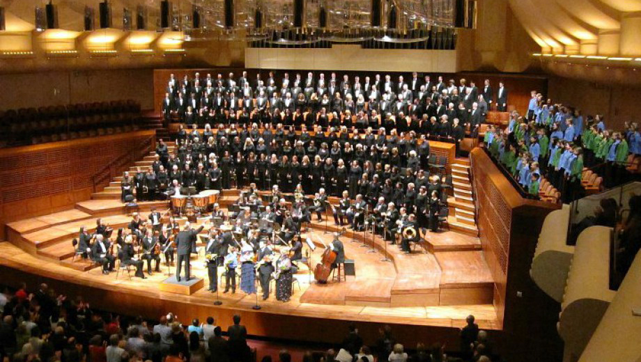 San Francisco Choral Society Performs Brahms'