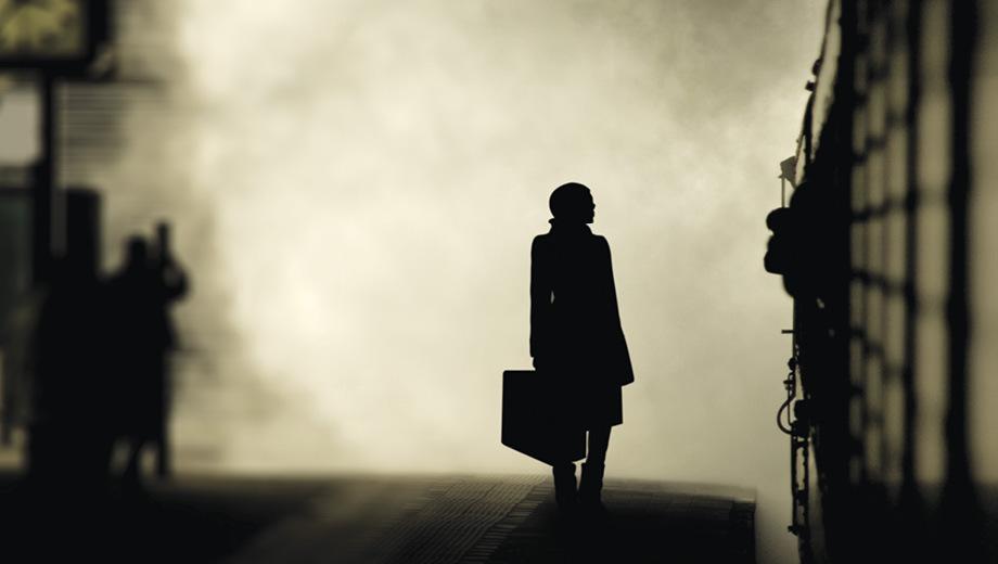 Hershey Felder Adapts & Directs Mona Golabek in
