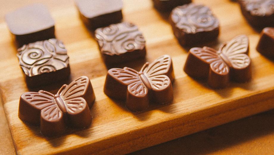 Visit Neighborhood Chocolatiers on the Craft Chocolate Walking Tour $39.00 ($65 value)