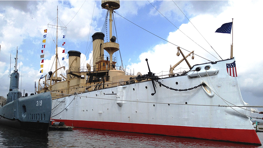 Independence Seaport Museum: Historic Ships, Boatbuilding & More $7.00 - $10.60 ($10 value)