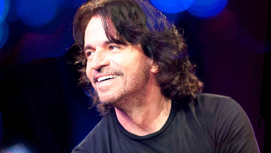 https://i.gse.io/gse_media/115/10/1446510780-yanni_tickets.jpg?c=1&h=520&p=1&q=30&w=920