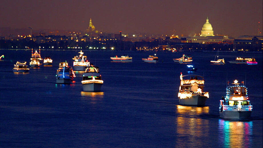 Alexandria S Boat Parade Of Lights Dinner Cruise Nina Dandyalexandria