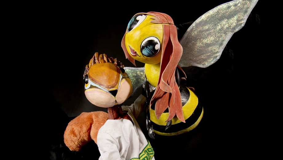 Bilingual Puppet Show
