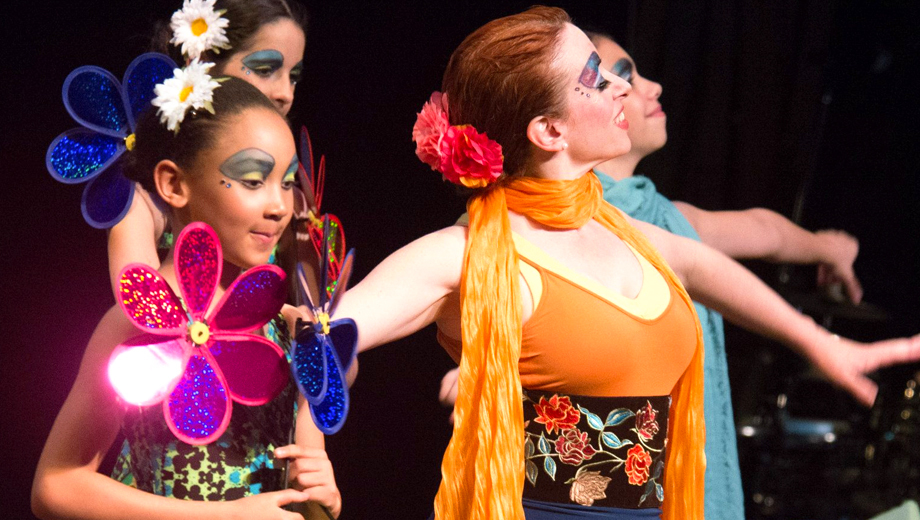 Flamenco Spin on Lewis Carroll's Alice:
