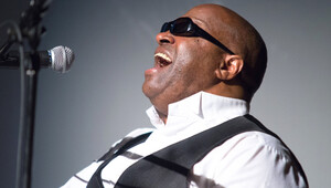 A Tribute to Ray Charles With Ellis Hall