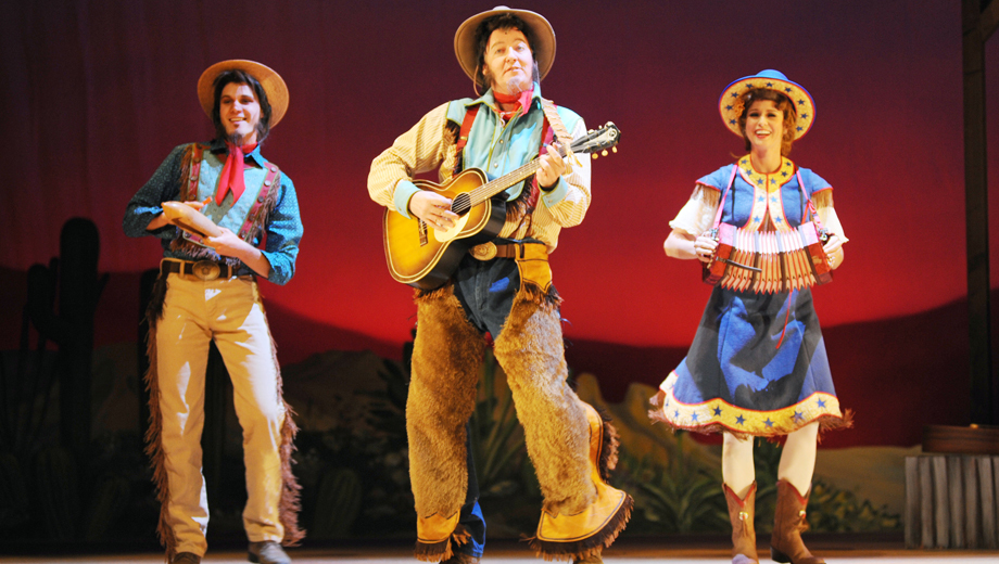 Southwestern Spin on a Classic Tale: Children's Production