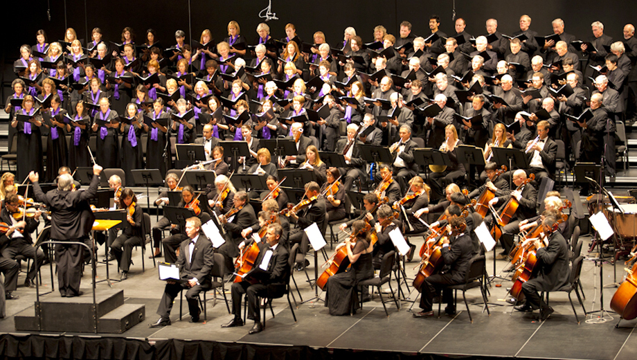 La Jolla Symphony & Chorus: Tchaikovsky, Plus Dove Cantata $14.50 ($29 value)