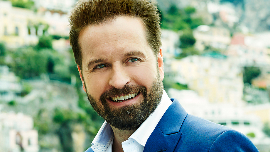 Alfie Boe: Tony-Winning Broadway Tenor With the Phoenix Symphony $44.50 ($89 value)