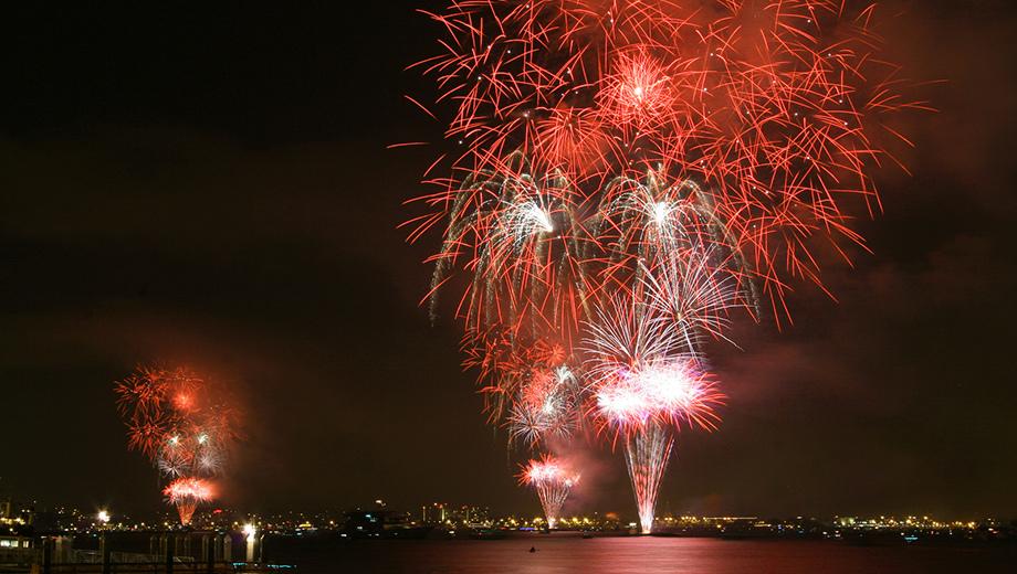 Summer Fireworks Kayak Tour: Paddle San Diego Bay at Night $35.00 ($69 value)