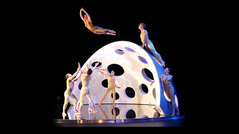 Daredevil Dance Company Diavolo: Architecture in Motion Presents