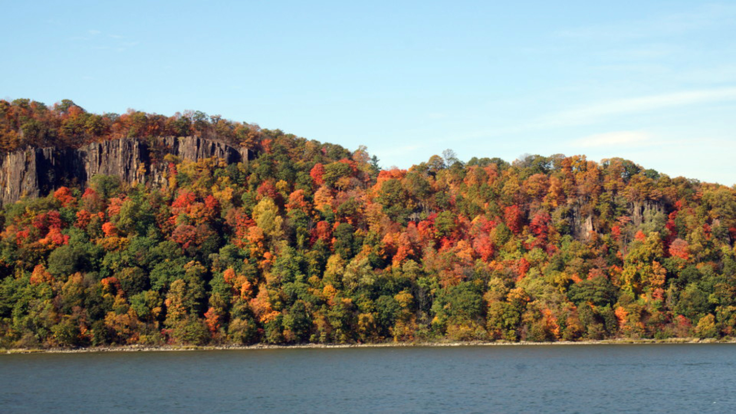 Fall Foliage Cruise on the Hudson River With a Stop at Cold Spring $28.00 - $45.50 ($40 value)