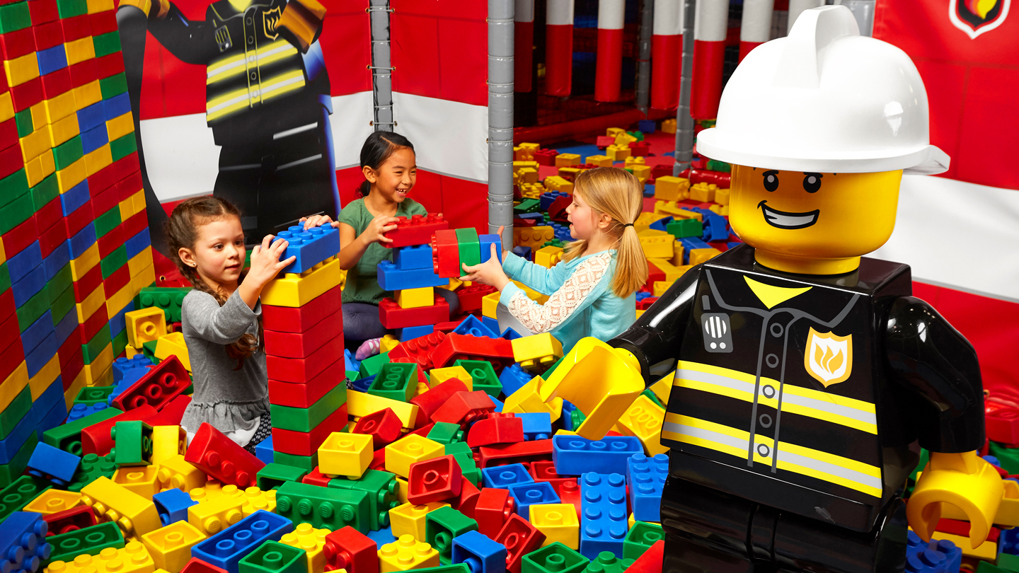 Play, Ride & Learn at LEGOLAND Discovery Center Boston $15.95 ($23 value)