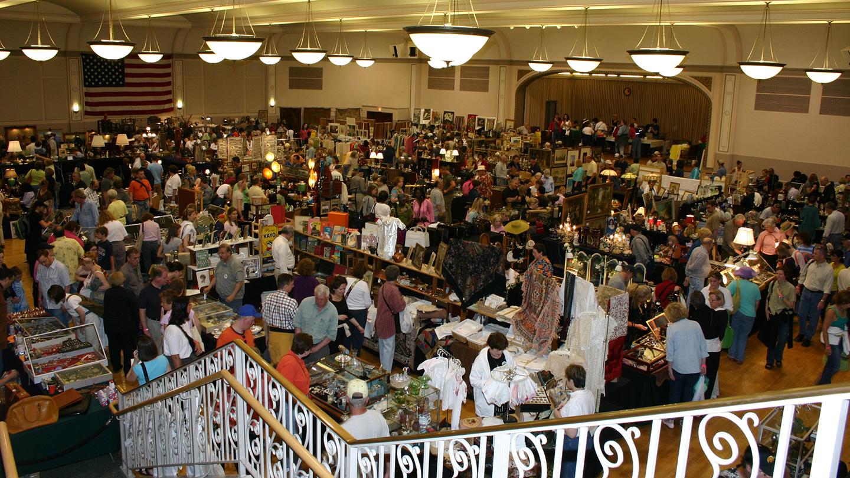 Randolph Street Market Festival: Vintage & Designer Finds, Plus Great Food & Music COMP - $7.00 ($8 value)