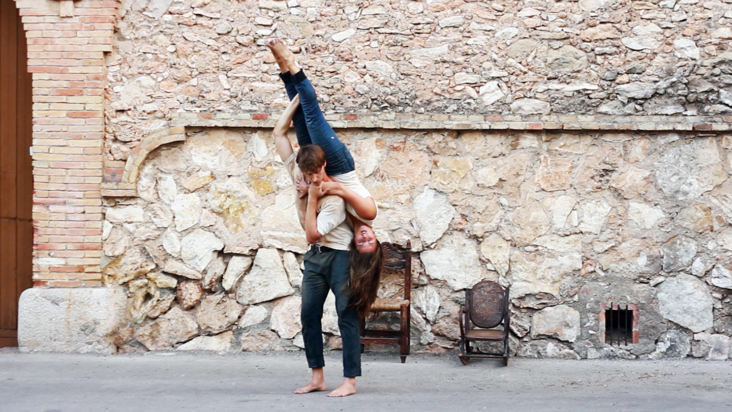 Two Bodies Balance in Harmony in Catalan-Inspired Dance