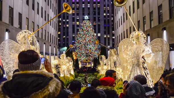 nyc holiday lights walking tour
