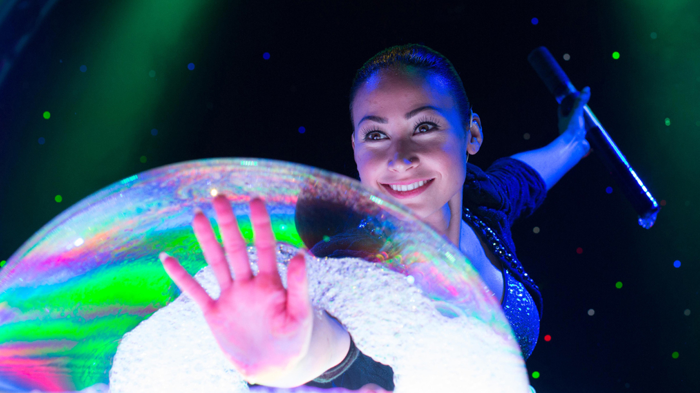 """Gazillion Bubble Show"": A Dazzling Display of Bubbles, With Artistry & Lasers"