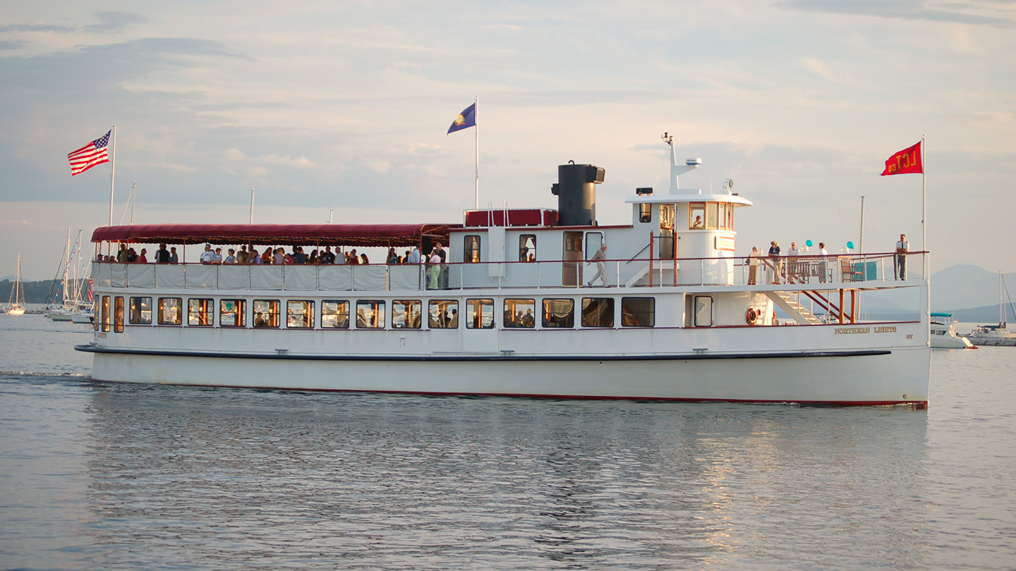 Boston Harbor Sightseeing Cruise Aboard Vintage-Style Yacht $13.00 ($22 value)