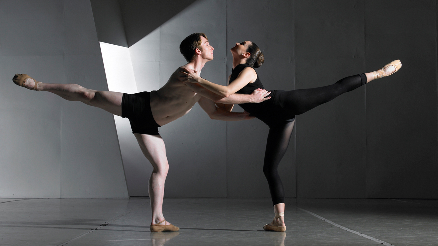 Jose Mateo Ballet Explores the Depths of the Human Psyche in
