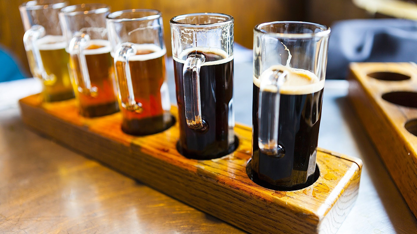 Try the Best Pubs in Chicago on a Rotating Neighborhood Tour $50.00 ($100 value)