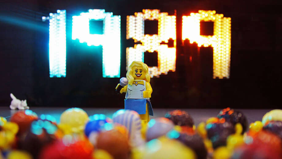 Reviews of LEGOLAND Discovery Center's Adult Night: 80's Prom in ...