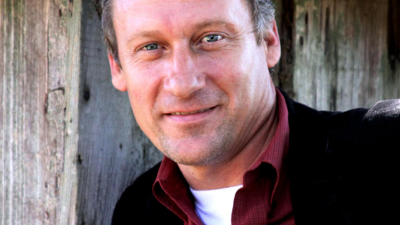 Comedian John Morgan,