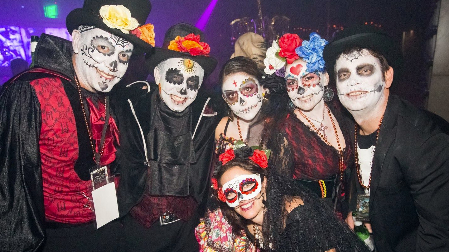San Diego Zombie Crawl: Dress Like the Dead for Drink Specials & Other Treats $35 ($50 value)