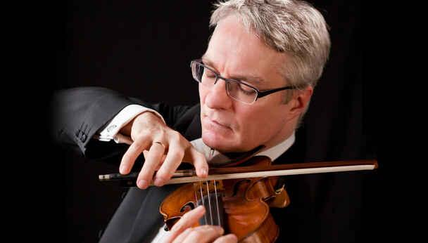 Jonathan Carney Trio Performs Brahms