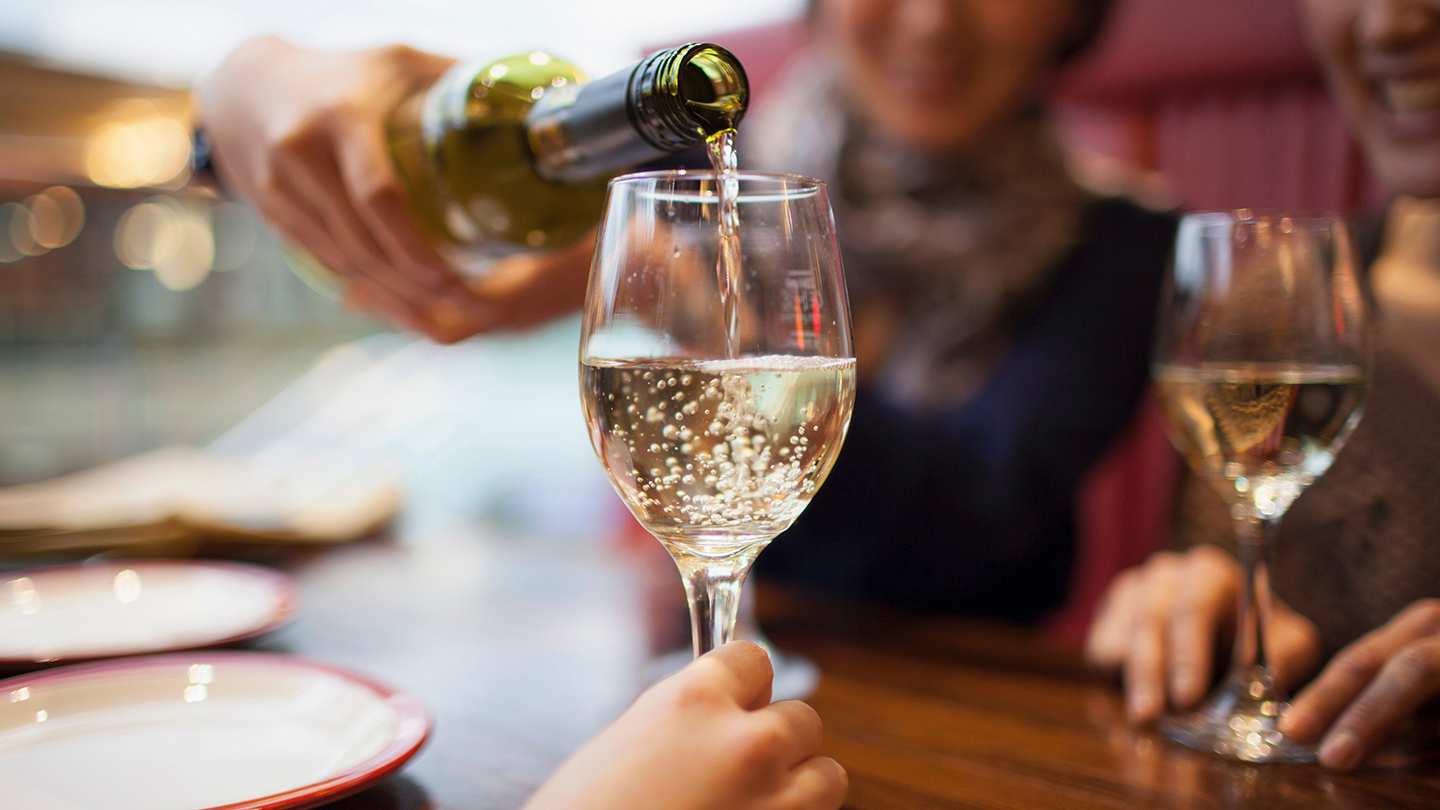 Mo Wine Queen Sip New York Tickets - n/a at Flushing Town Hall ...