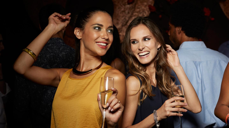 Society of Single Professionals: Singles Parties Sacramento Tickets - n/a  at Doubletree Hotel Sacramento. 2017-10-14