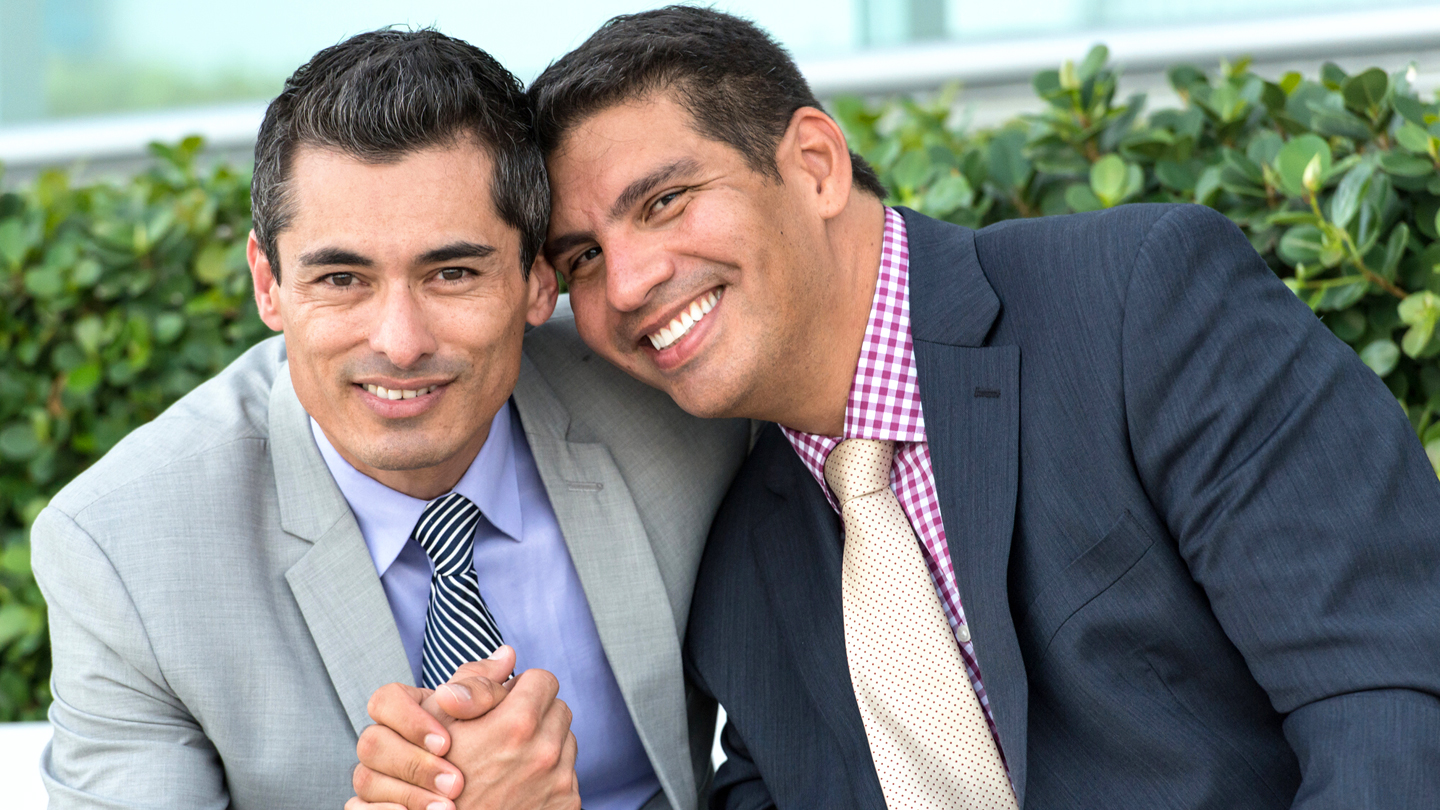Dating site for gay professionals