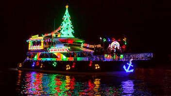 Newport Beach Light Displays On Holiday Cruise
