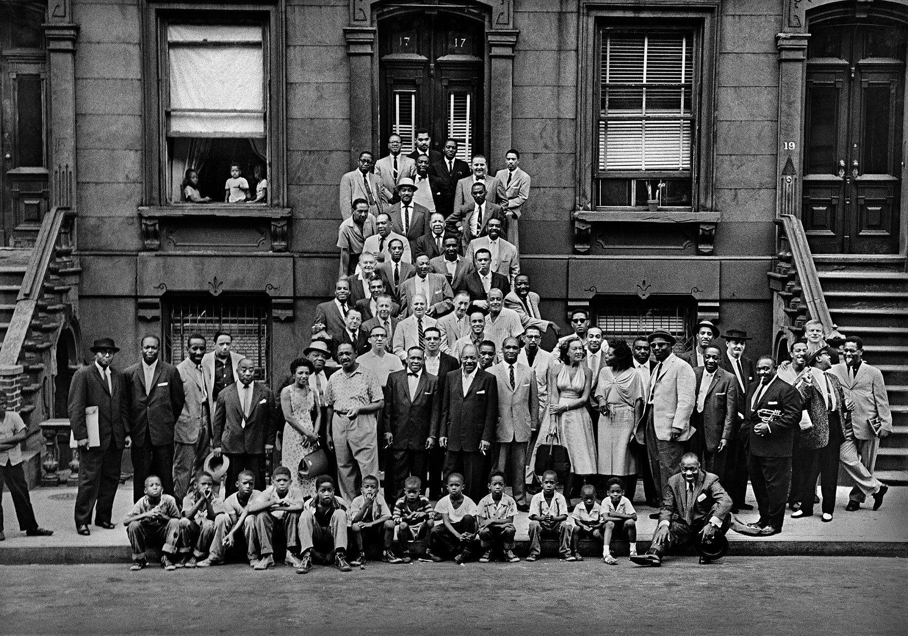 Harlem History Tour: Harlem Renaissance, Hamilton House & Gentrification