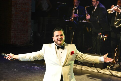 "Sal ""The Voice"" Valentinetti Christmas Concert"